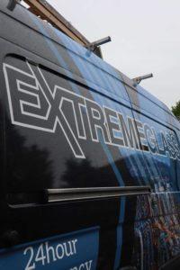 extreme-glass-van
