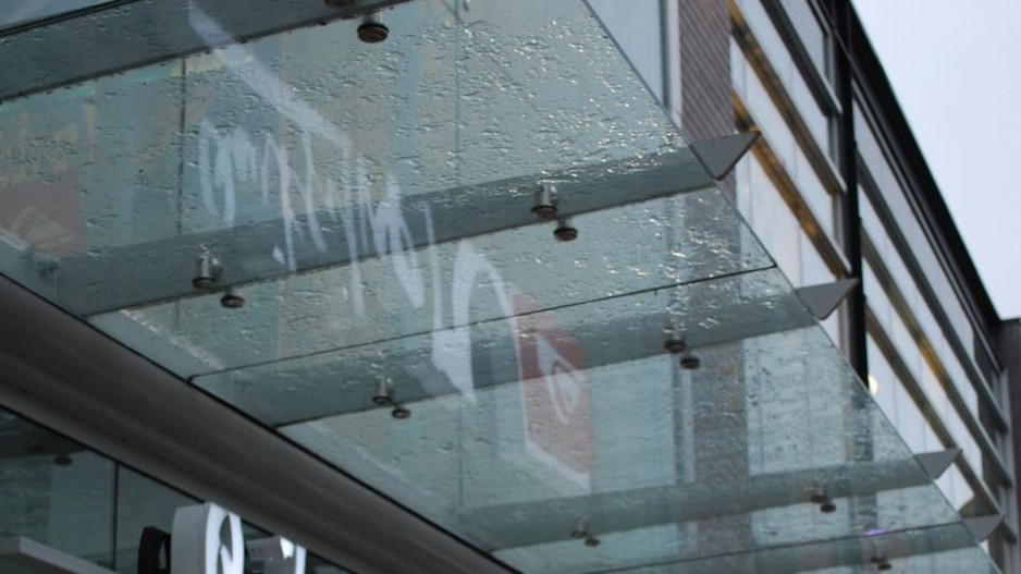 Extreme Glass Vancouver - Glass canopy